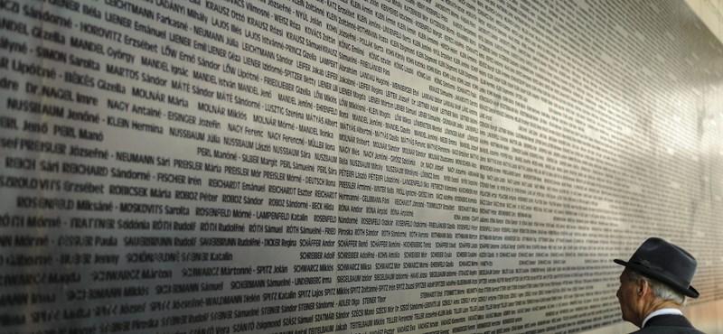 6000 zsidó áldozat nevét vésték a falra