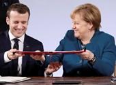 Merkel és Macron, a két gyengélkedő vezető menti meg Európát?