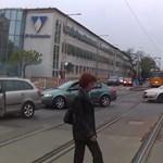 Videó: egymásnak esett egy bringás és egy autós a Fehérvári úton