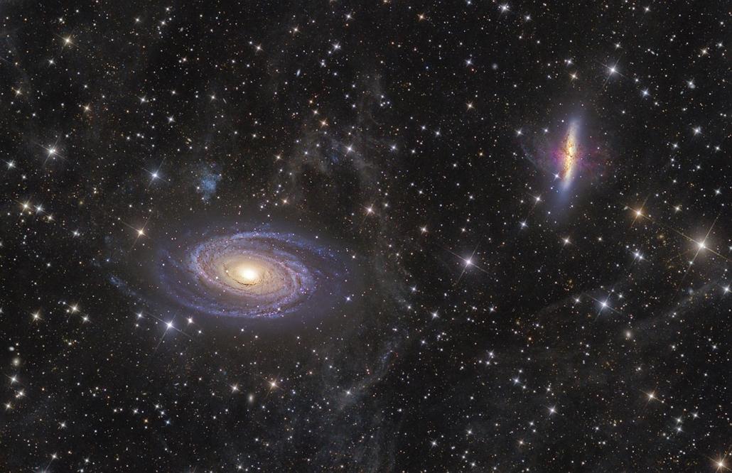 ''Deep Space'' kategória: M81-82 and Integrated Flux Nebula - Brit Királyi Obszervatórium, Astronomy Photographer of the Year 2013.