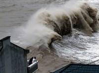 Tízezreket evakuáltak Kínában a Bailu tájfun érkezése miatt