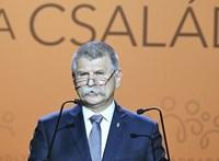 Kövér: Magánügy, hogy Orbán Csányiék horvát szigetére ment-e nyaralni