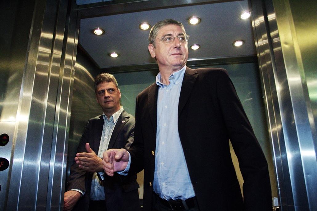 fm.14.10.12. - DK - Gyurcsány Ferenc érkezik - Demokratikus Koalíció az önkormányzati választások eredményváróján - yyyyy