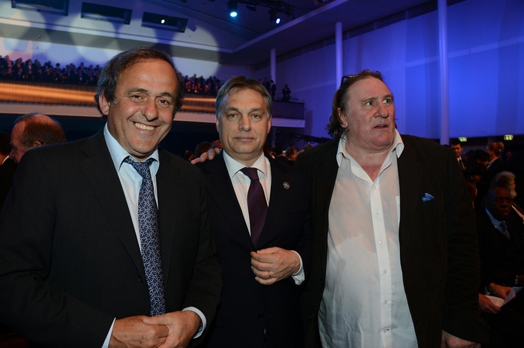Orbán Viktor Zürichben az Aranylabda átadásán + Puskás díj átadása - Michel Platini, Gérard Depardieu