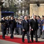 Cseh elnök: az alkotmány minden ország belügye