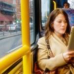 Több erotikus könyvet olvasnak a nők - a táblagépek segítenek