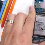 Szétkapták a Samsung 700 ezres mobilját, most megnézheti, mit rejt belül