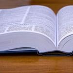 Folytatódnak a vizsgák: minden fontos infó a mai középszintű angolérettségiről