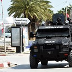 Rendőrségi célpontjaik voltak a tunéziai öngyilkos merénylőknek