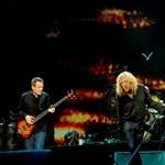10 évvel ezelőtt egy egész estére állt össze a világ egyik legnagyobb rockzenekara (videó)