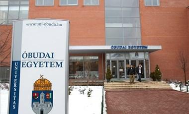 """""""Mentsük meg az Óbudai Egyetemet"""" - hét év után újjáélesztették a Facebook-oldalt"""
