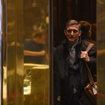 Nehéz helyzetbe hozhatja Trumpot bukott tanácsadója