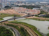 A Huawei új központjában épült fel a budapesti Szabadság híd mása