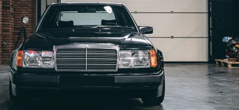 Eladó az egyetlen példányban készült BMW-motoros Mercedes