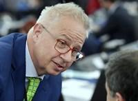 Weber: Tisztességes értékelésre van szükség Trócsányi esetében
