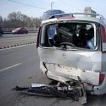 Csúnyán összetört autók a Hungária körúti tömegkarambolban - fotók érkeztek