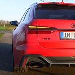 Így gyorsul az 1001 lóerős Audi RS6 kombi – videó