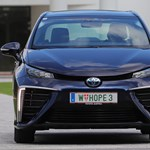 3 perc alatt feltölthető villanymotoros autót teszteltünk Budapesten