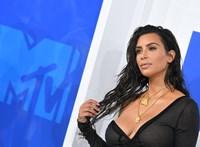 Bibliai ihletésű neve lett Kim Kardashian és Kanye West negyedik gyerekének