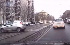 Közlekedési pofátlan(tan)ítást végzett a rendőrség