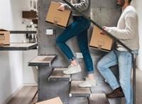 Tízből hét fiatalnak nehezen megy az elköltözés a szülői házból