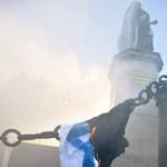 Elégettek egy izraeli zászlót a belvárosban a tüntetők