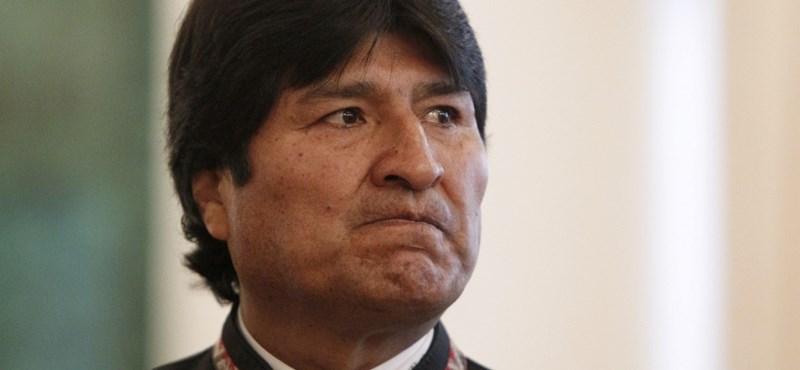 Profi futballcsapat igazolta le a bolíviai elnököt