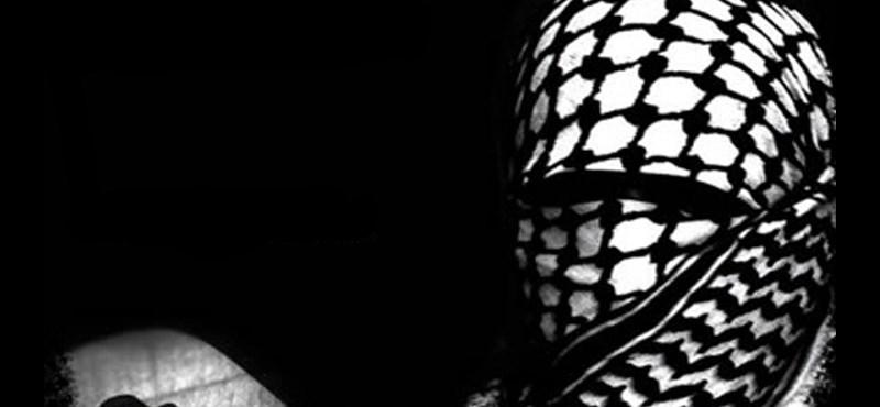 Iszlám Állam: egyelőre nem tudni, hogy kik és miért csináltak a terroristák neveivel weboldalakat